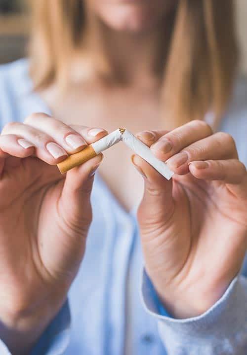 Bekommt man vom Rauchen und von Alkohol Augenringe?