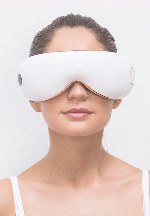 Helfen Augenmassagegeräte gegen Augenringe und Falten?